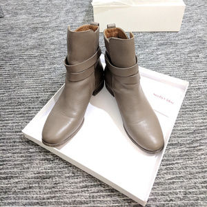 See by Chloe Buckled ankle flat boots size 5 5.5